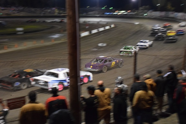 Started 16th in the Main Event, up to 12th halfway in the 1st lap.