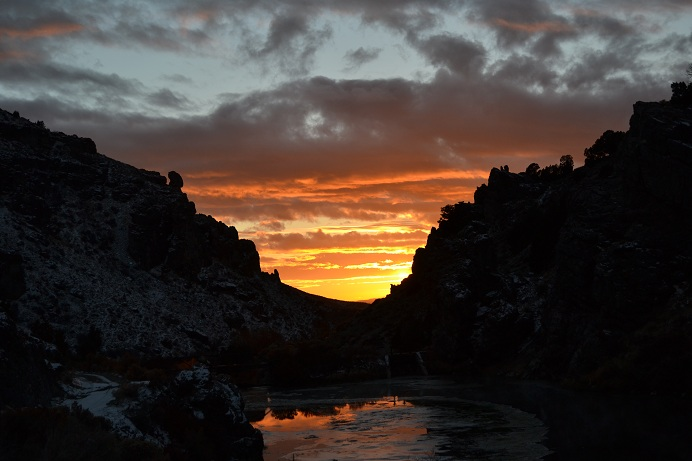 There was a great sunset on the way out of Bishop Creek Canyon.  11-12-12